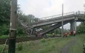 Боевики на Луганщине взорвали мост между Хрустальным и Луганском: опубликованы шокирующие фото