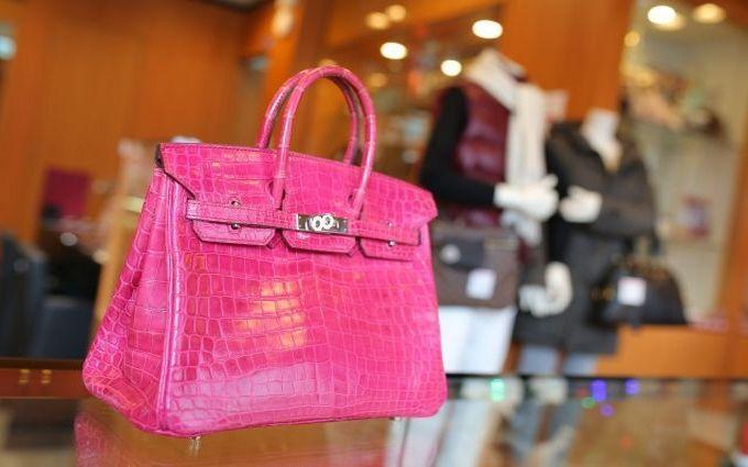 Самую дорогую в мире сумку продали за $380 тис