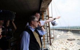 Волкер совершит срочный визит на Донбасс: озвучена причина