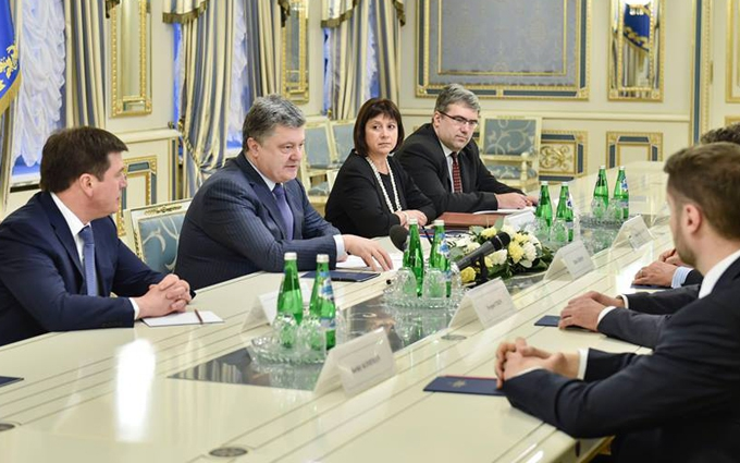 Президентская фракция придумала, как отправить Яценюка в отставку - СМИ