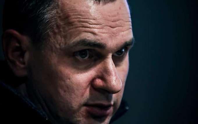 Невозможно договориться: Сенцов дал совет Зеленскому