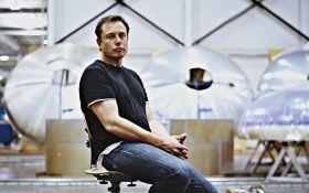 Маск повідомив про скорочення кількох тисяч співробітників Tesla: названа причина