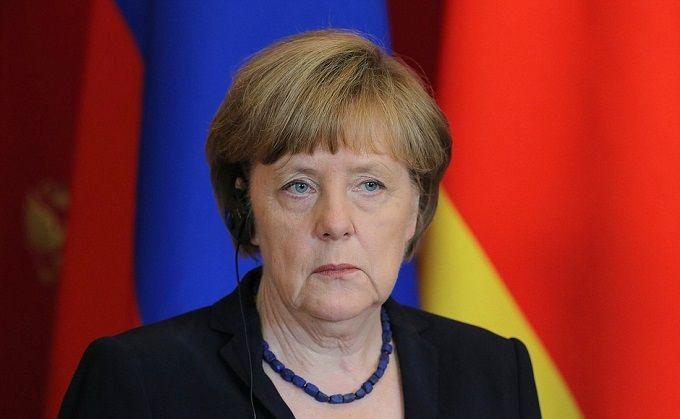 Шокирующая цифра: рейтинг Меркель начал стремительно падать