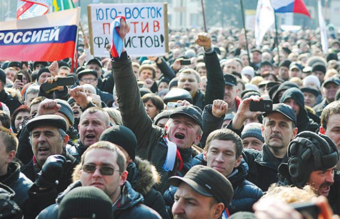 У Донецьку чекали, що його забере Росія, а Губарєв влаштовував мракобісся - Денис Казанський про початок війни (1)