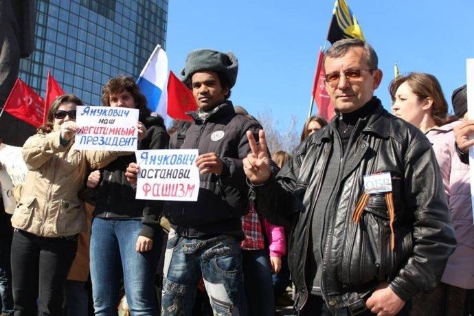 До Донецька приїхали нацисти з Росії, а ДНР врятував від смерті Стрєлков - журналіст про те, як почалася війна (4)