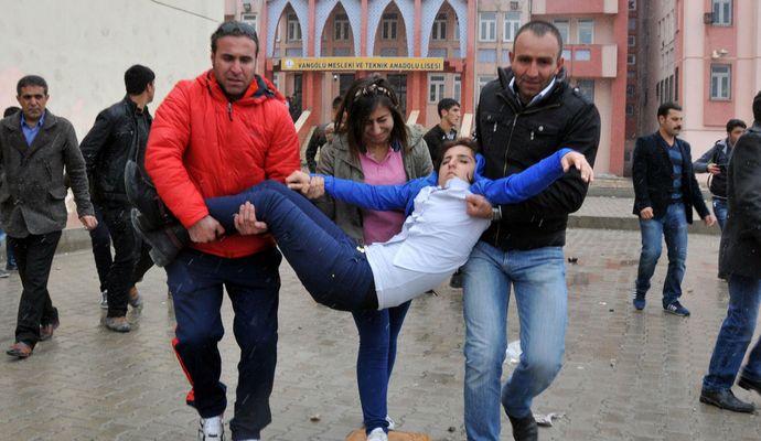 У турецькій школі вибухнула бомба, є загиблі