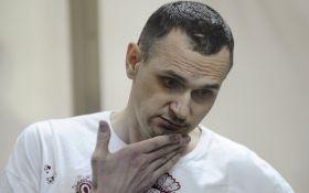 Три тижні голодування: стало відомо про тяжкий стан Олега Сенцова
