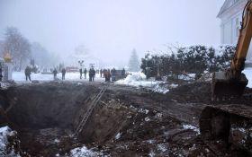 Масштабная авария в Прилуках, город затопило нечистотами: появилось видео