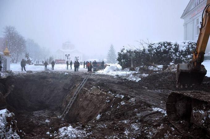 Масштабна аварія в Прилуках, місто затопило нечистотами: з'явилося відео