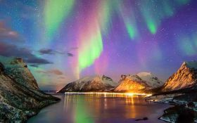 В сети показали северное сияние в Норвегии: зрелищные фото и видео