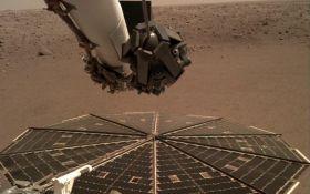 Шум ветра и первое селфи: NASA опубликовало сенсационные записи с Марса