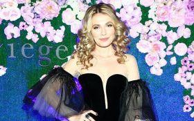Українська актриса стала обличчям рекламної кампанії в Росії: опубліковані фото