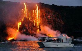 На Гавайях массовая эвакуация из-за извержения вулкана Килауэа: опубликовано шокирующее видео