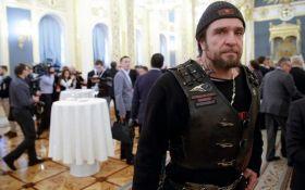 У Путина готовы подумать над гербом России от одиозного байкера