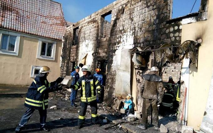 Пожежа в будинку для літніх людей під Києвом: з'явилися нові фото і дані про загиблих