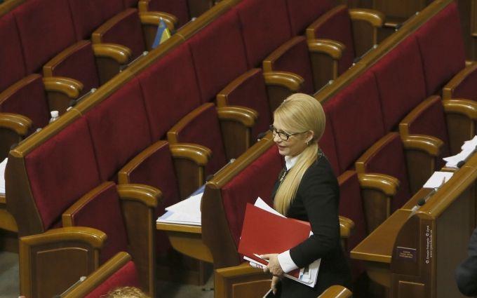 Війна Тимошенко і Гройсмана: Україні загрожує небезпечний сценарій
