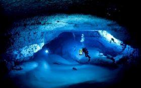 В Мексике нашли затопленную пещеру с реликвиями майя: появилось видео