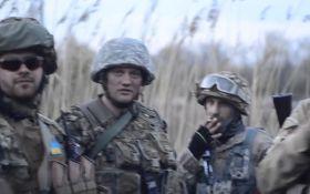 Как козаки на дискотеку ехали: видео с Донбасса впечатлило сеть
