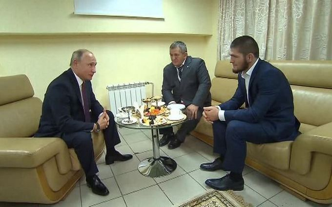 Так стрибнемо, що мало не здасться: Путін виправдав Нурмагомедова за бійку