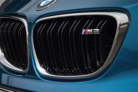BMW представила «заряджену» версії купе 2-Series - M 2 (10 фото) (8)
