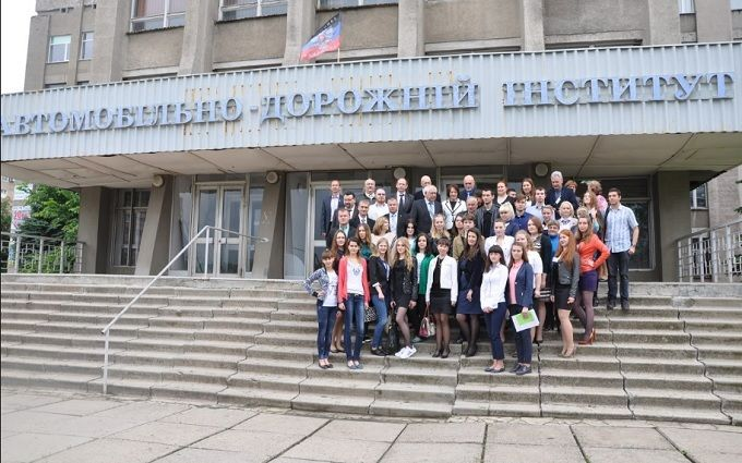 В оккупированной Горловке фанатов ДНР послали подальше