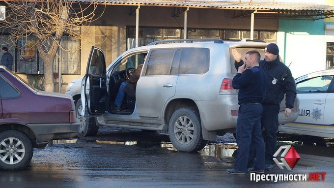 Пьяный депутат разъезжал по Николаеву: появились фото и видео (3)