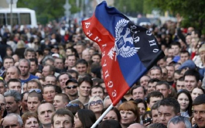 Стало відомо, скільки людей на окупованому Донбасі визнають агресію Росії