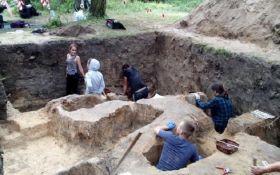 """Українські археологи знайшли старовинну могилу """"відьми"""": опубліковані фото"""