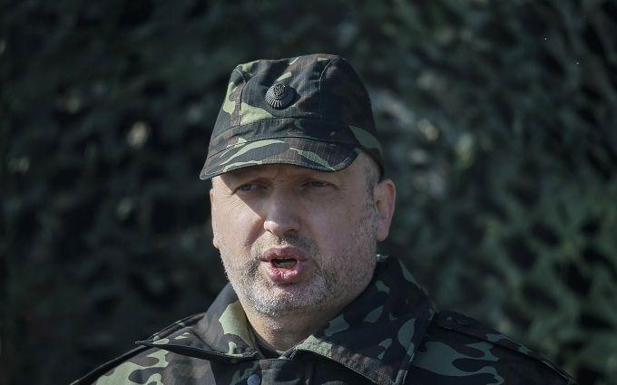Турчинов яскраво пояснив, яку зброю повинна робити Україна