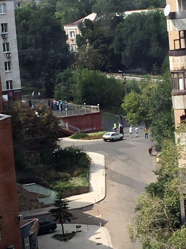 У центрі окупованого Донецька пролунав вибух, є загиблий: з'явилися фото (1)