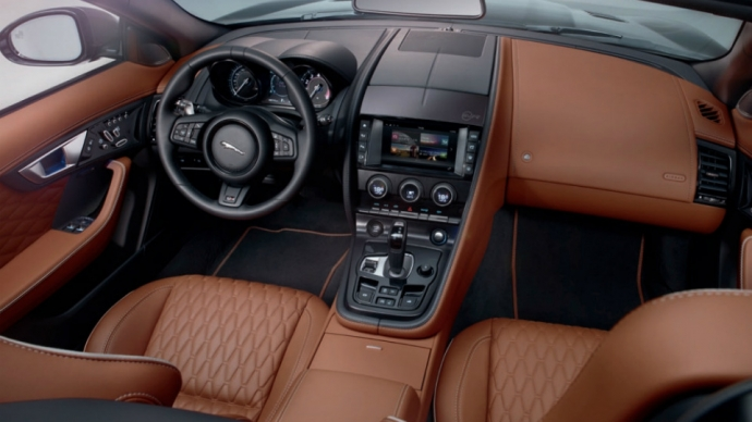 Jaguar F-Type SVR наберет «сотню» за 3,7 секунды (2)