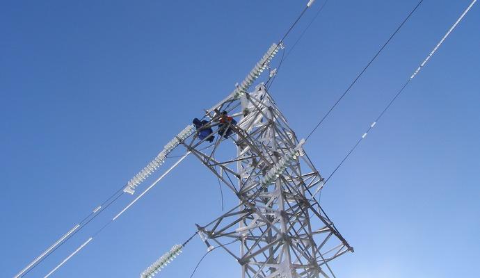 117 населенных пунктов Украины остались без электричества из-за непогоды