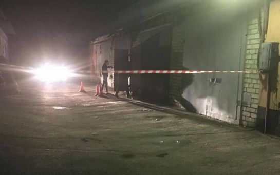 У Києві чоловіка розстріляли у його власному гаражі: з'явилося відео з місця