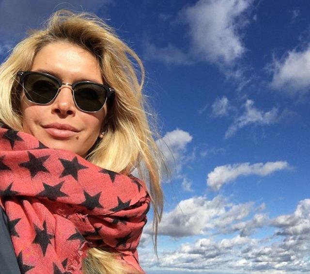 Віра Брежнєва влаштувала собі відпочинок у горах (5 фото)
