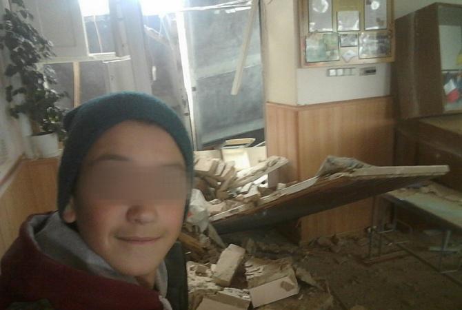 Обвал школи під Києвом: мережу підірвали фото щасливих школярів (1)