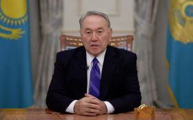 Бессменный президент Казахстана Назарбаев ушел в отставку