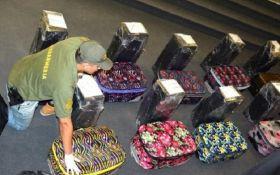 Российские дипломаты пытались вывезти из Аргентины 12 чемоданов с кокаином