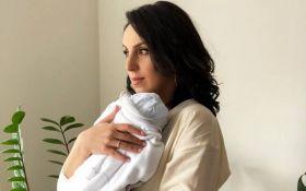 Мама без фотошопа: Джамала порадовала новым нежным фото с маленьким сыном