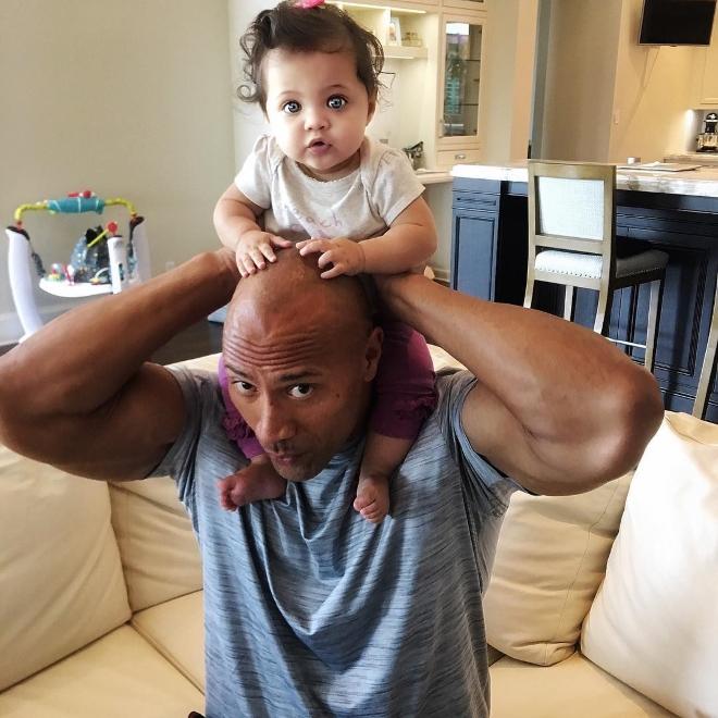 Просто идеальный отец: новое милое видео от Дуэйна Джонсона стало хитом сети (1)