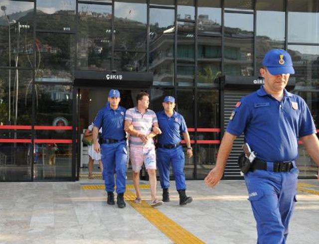 Жестокое убийство украинца в Турции: появилось фото задержанного россиянина (1)