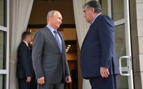 Немов до вівтаря йдуть: в мережі сміються над ніжностями Путіна і президента Таджикистану