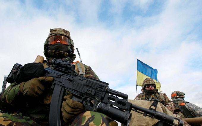 Війна на Донбасі: у Порошенка розповіли про кількість поранених бійців ЗСУ