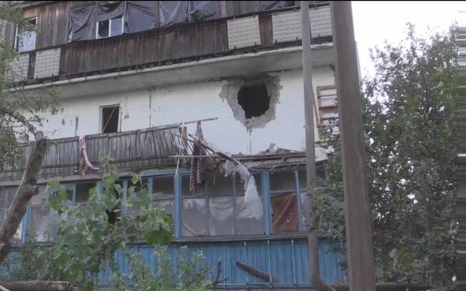 Опубліковано відео з обстріляної бойовиками Красногорівки