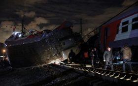Зіткнення поїзда і електрички в Москві: ЗМІ розповіли про винуватця