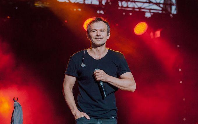 """""""Мурашки бігають досі"""": Вакарчук показав захоплююче відео з концерту в Херсоні"""