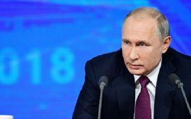 """""""Це наче купувати зброю у Путіна"""": прем'єр Польщі здивував незвичним порівнянням"""
