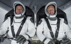 Корабель Маска з астронавтами повертається з МКС на Землю - пряма трансляція історичної події