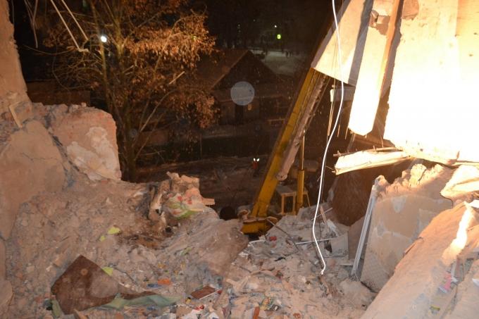Взрыв в жилом доме в Фастове: спасательные работы завершены, погибших извлекли из-под завалов (2)