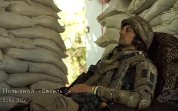 Боєць АТО вразив мережу зверненням з фронту: з'явилося відео
