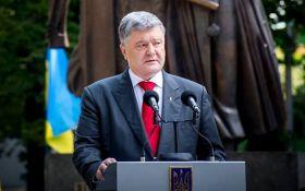 Порошенко назвав єдиний спосіб завершення конфлікту на Донбасі